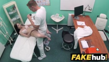 Beauty is nicelooking chap with anal riding