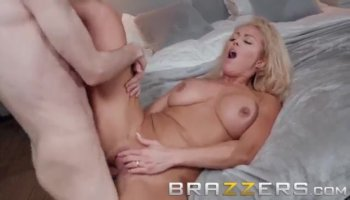 Sydney Coles pussy fucked so deep on top