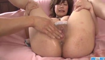 Teen Holly gets down to get analized by black guy