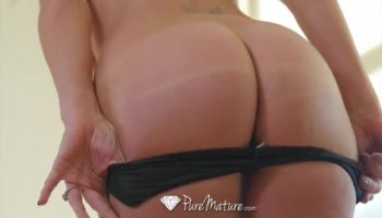 Lustful and gorgeous Sadie Leigh gets banged by a complete stranger