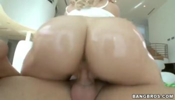 Sophia Leone gets the huge cock in her pussy from behind